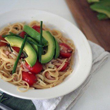 Rezept zitronennudeln mit avocado & kümmelbraten
