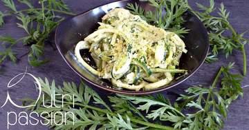 Rezept Zucchini-Nudeln mit Möhrengrün-Pesto
