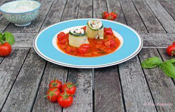 Rezept Zucchini-Röllchen mit Ziegenfrischkäse gefüllt