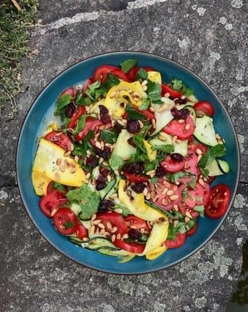 Rezept Zucchini-Tomaten-Minzsalat