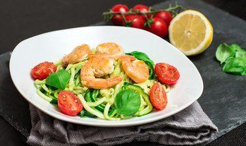 Rezept Zucchinispaghetti mit Garnelen (Zoodles)