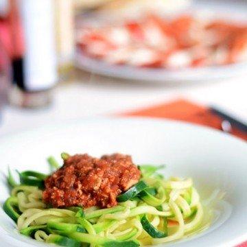Rezept Zucchinispaghetti mit Tofubolognese