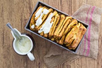 Rezept Zupfbrot mit Kürbis, Walnuss und Zimt (vegan)