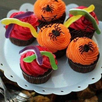 Rezept Zweierlei Halloween Cupcakes