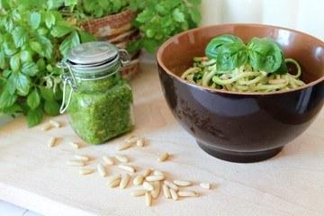 Rezept Zweierlei Pestos mit Zoodles