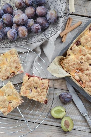 Rezept Zwetschgenkuchen mit Vanillecreme und Zimtstreuseln