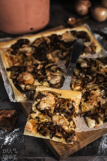 Rezept  Zwiebel-Pilztarte mit Taleggio