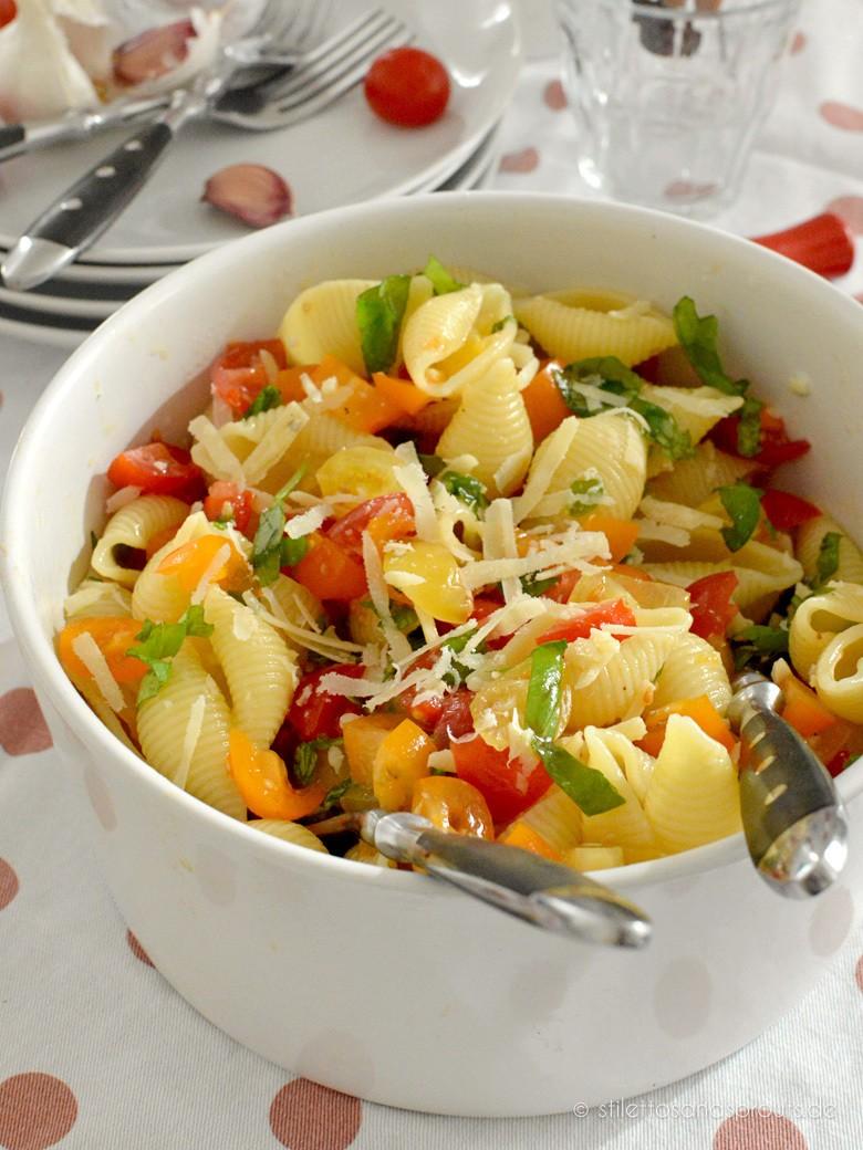 Rezept 12-Minuten-Tomaten-Pasta-Salat