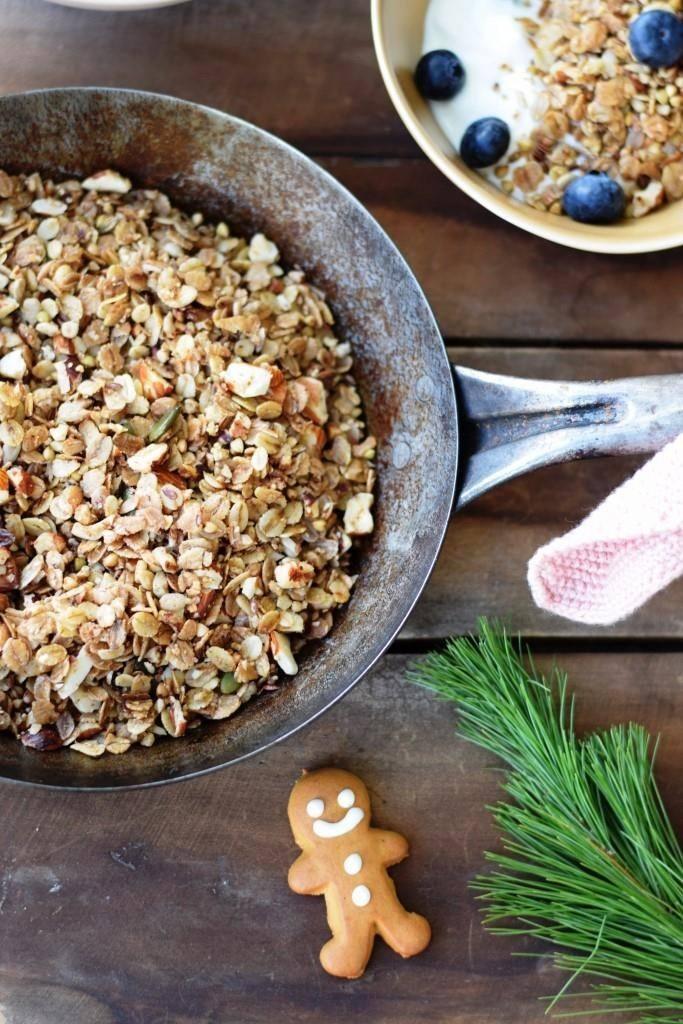 Rezept 5-Minuten Weihnachts-Granola aus der Pfanne