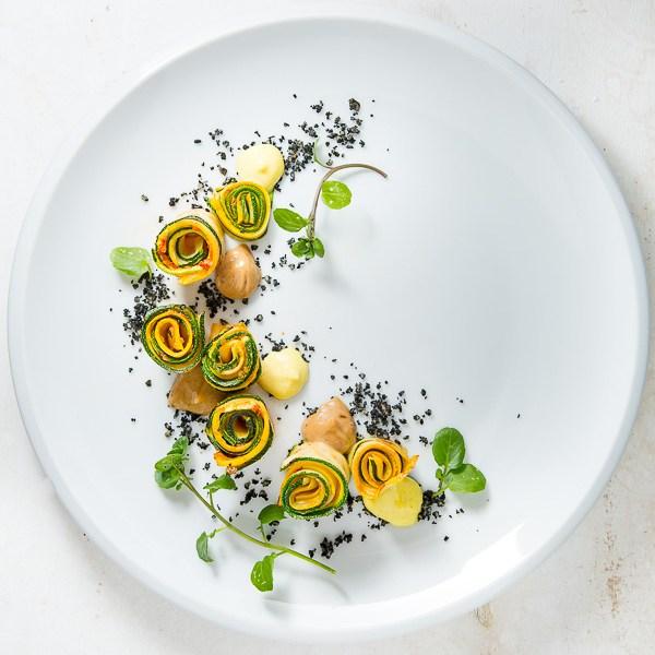 Rezept Ajvar-Zucchiniröllchen vom Grill