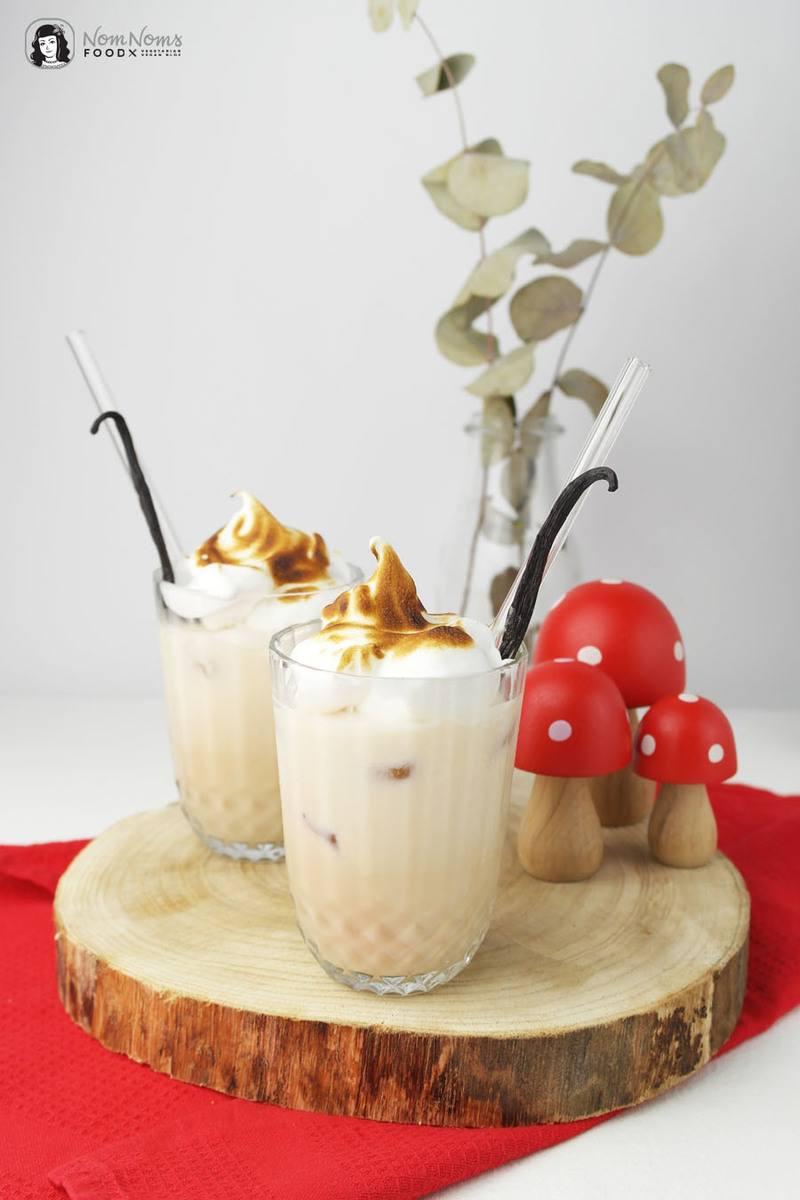 Rezept Amarula Flamed Vanilla Cocktail mit Vanille-Baiserhaube (Werbung)