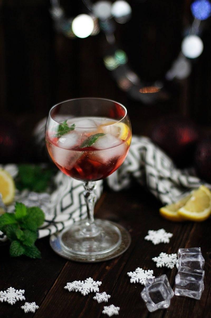 Rezept Aperitif für Weihnachten - Granatapfel Spritz Cocktail