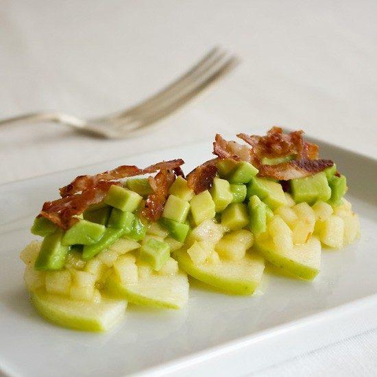 Rezept Apfel-Avocado-Salat mit Knusper-Speck