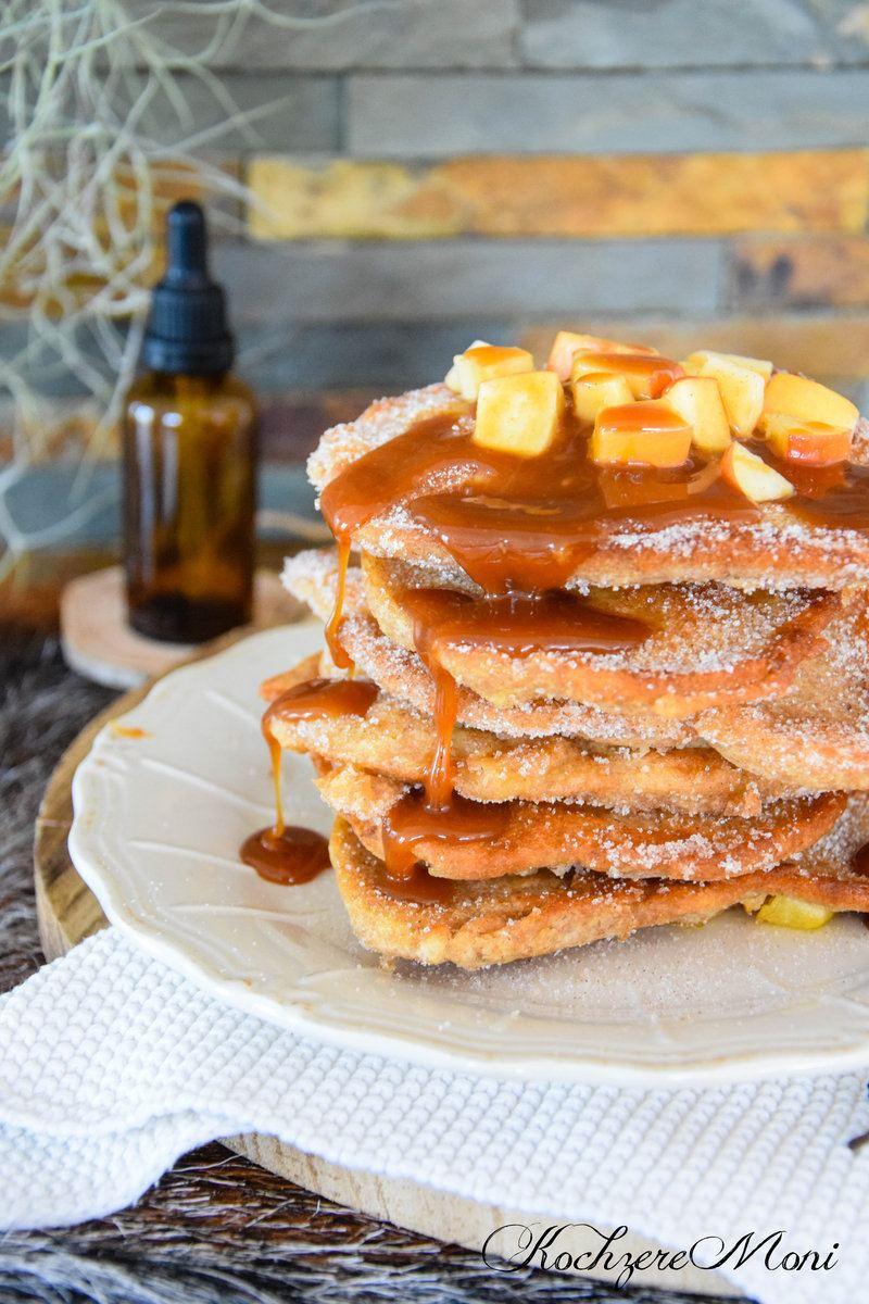Rezept Apfel Dinkel Pfannkuchen mit Karamellsoße