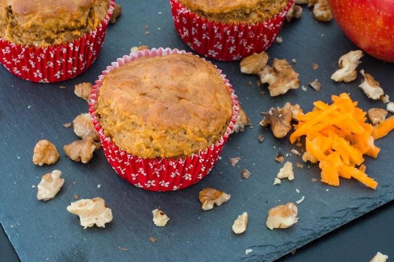 Rezept Apfel-Möhren-Muffins mit Walnüssen