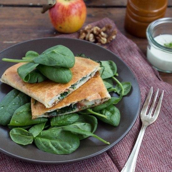 Rezept Apfel, Walnuss & Cheddar Quesadilla