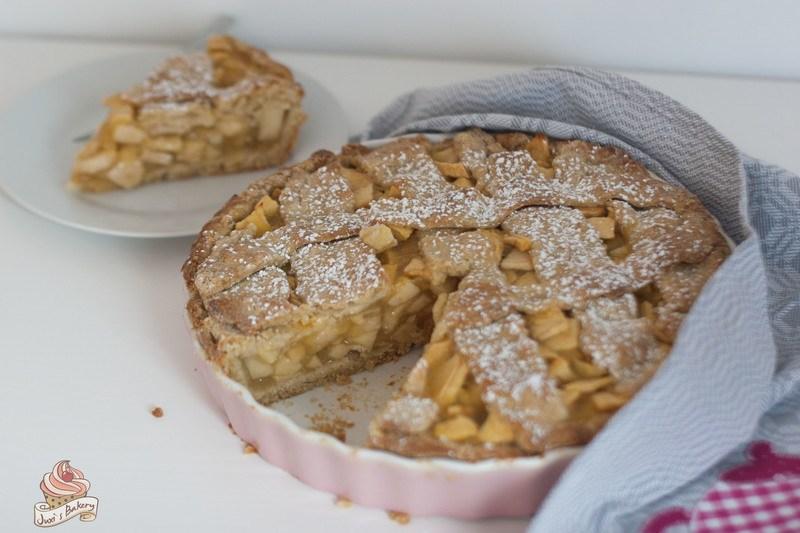 Rezept Apfelkuchen gedeckt