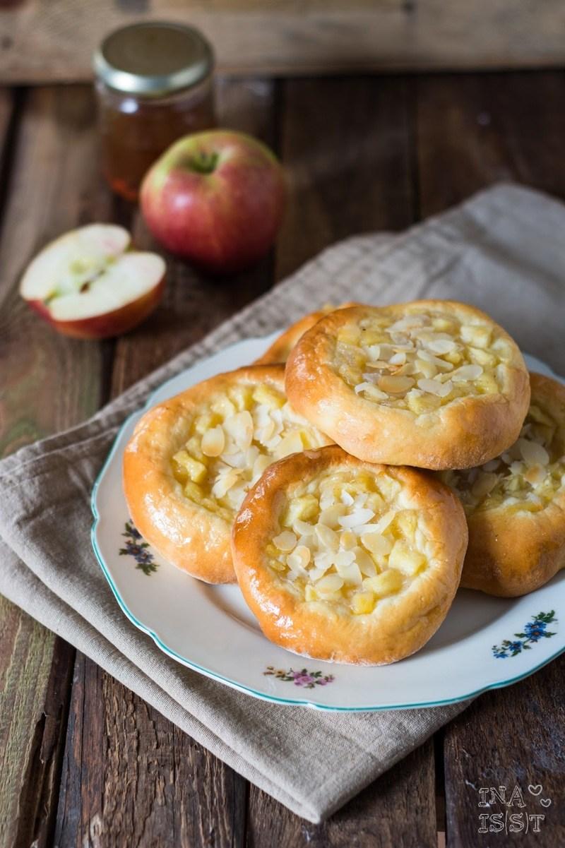 Rezept Apfelplunder aus lockerem Hefeteig