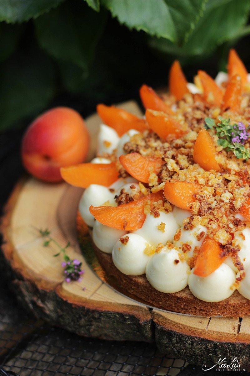 Rezept Aprikosen Knuspertarte mit Zitronenthymian