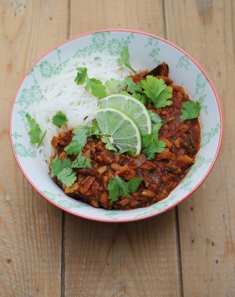 Rezept Asia-Bolognese auf Reisspaghetti