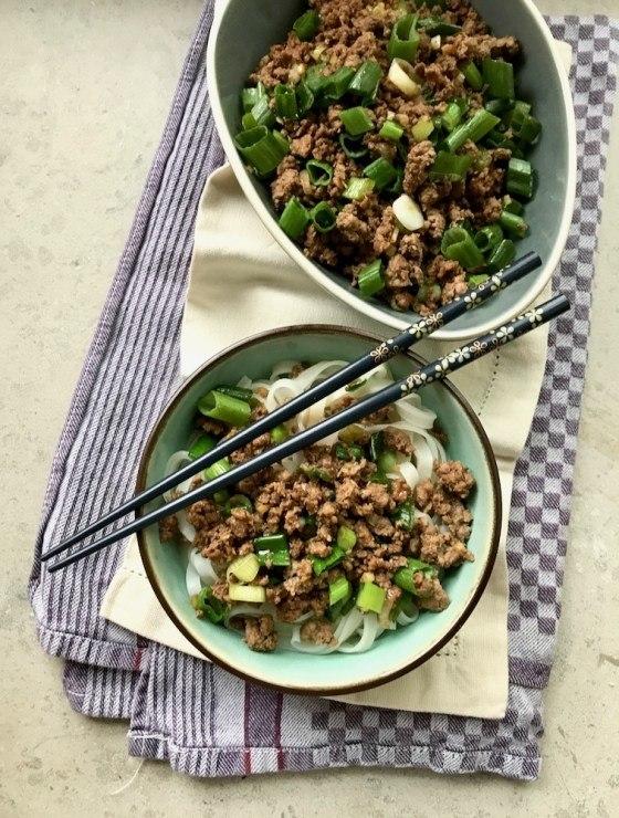 Rezept Asia-Hackfleisch mit Reisnudeln