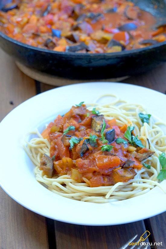 Rezept Auberginen Tomatensauce mit Spaghetti