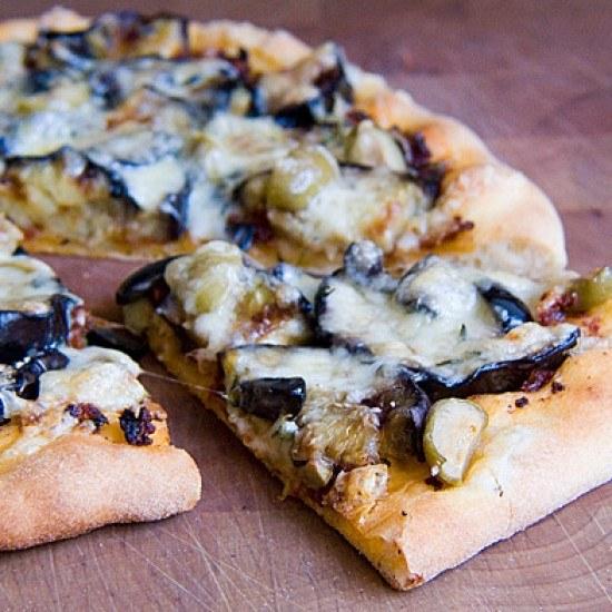 Rezept Auberginenpizza mit Oliven