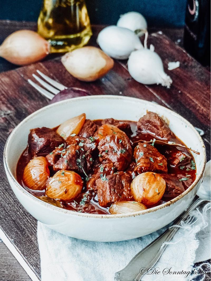 Rezept Balsamico Rindfleisch Gulasch mit Perlzwiebeln