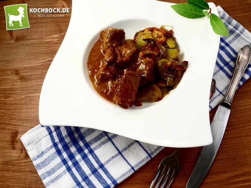 Rezept Bayerisches Gulasch mit Bratkartoffeln