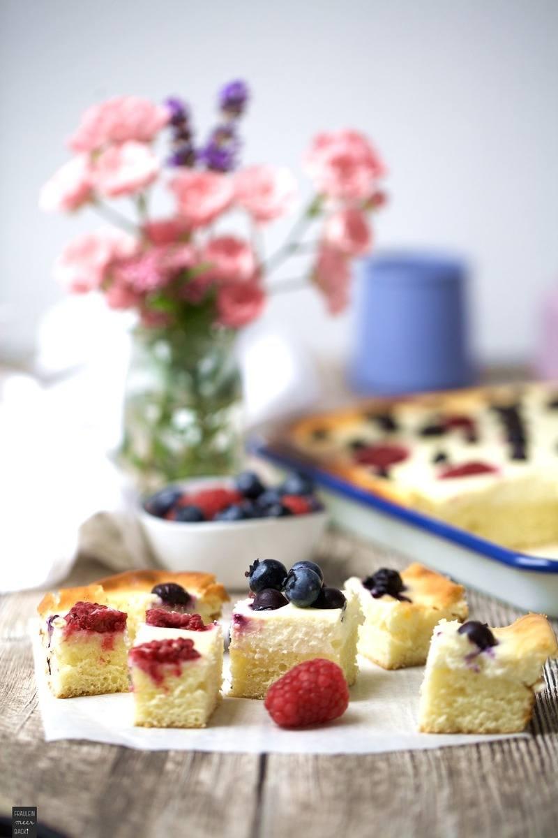 Rezept Beeren-Quark-Blechkuchen