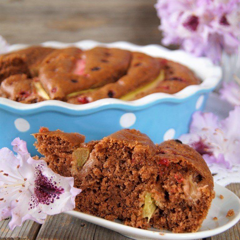 Rezept Beeren Schokolade Rhabarberkuchen