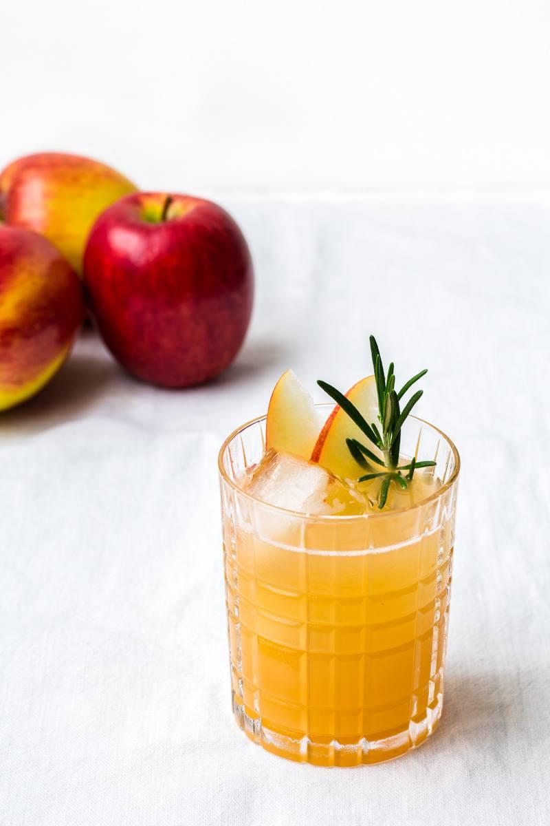 Rezept Bee's Knees mit Apfel und Kamille