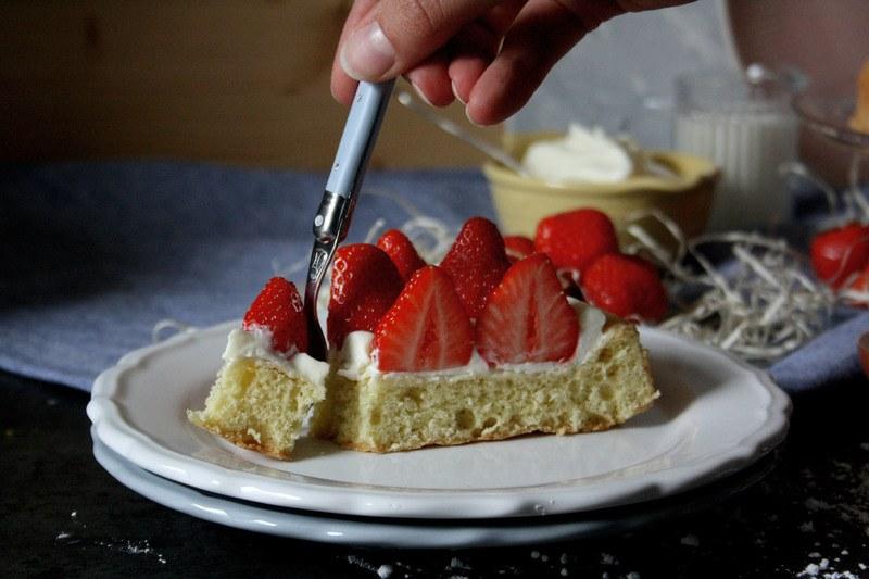 Rezept Biskuit mit Erdbeeren