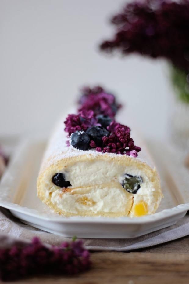 Rezept Blaubeer-Nektarinen Biskuitrolle