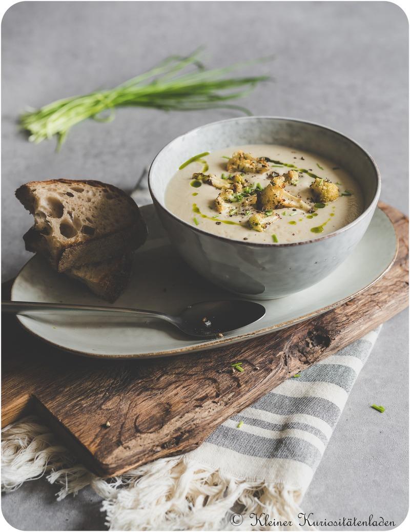 Rezept Blumenkohlsuppe mit gerösteten Blumenkohlcroûtons und Bärlauchöl