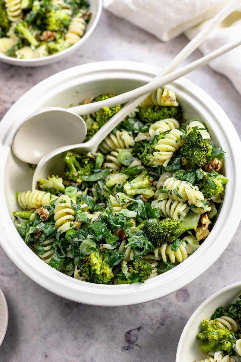Rezept Brokkoli-Nudelsalat mit Buttermilch-Dressing