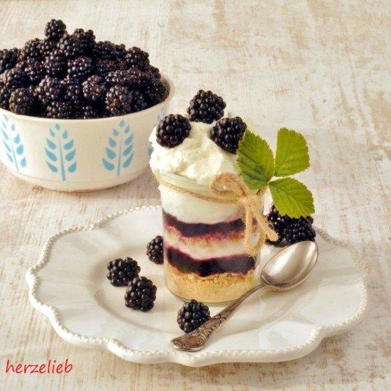 Rezept Brombeer-Trifle