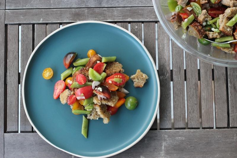 Rezept Brotsalat mit Tomaten und Buschbohnen