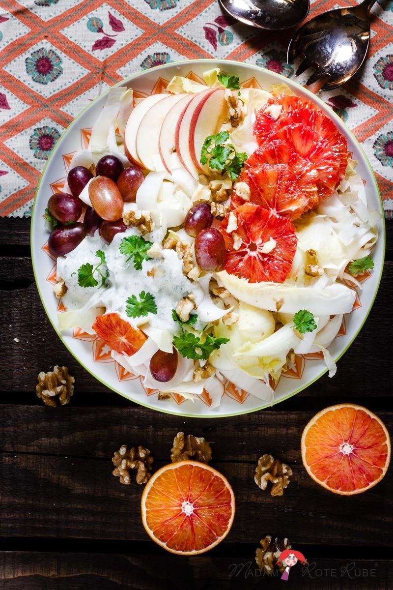 Rezept Bunter Chicorée-Salat mit Orange & Meerrettich-Dressing