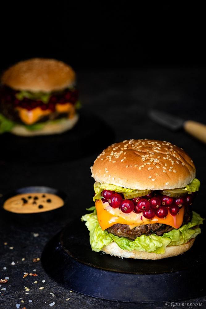 Rezept Chili-Cheeseburger mit Johannisbeeren