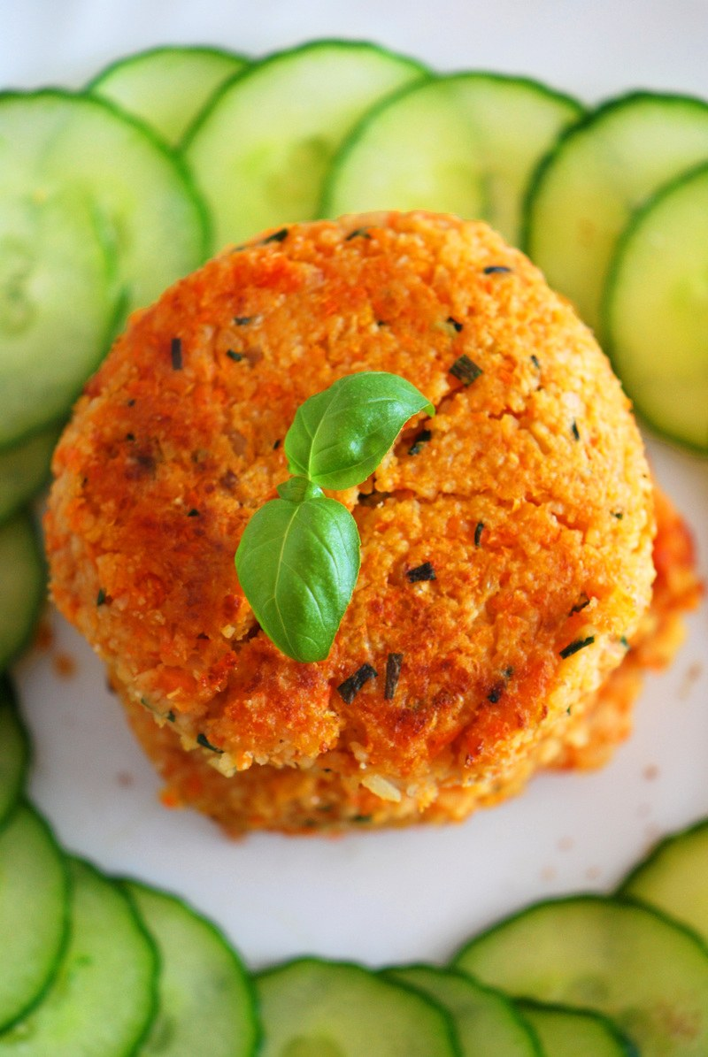 Rezept Couscous-Bratlinge mit Möhre & Kohlrabi (vegetarisch)