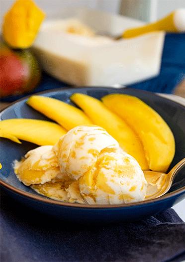 Rezept Crème fraîche Eis mit Mango