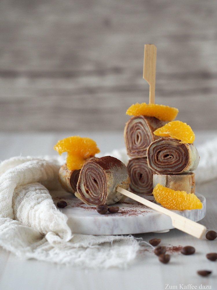 Rezept Crêpe-Röllchen mit Espresso, Orange und Schokolade