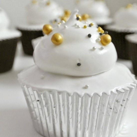 Rezept Cupcakes mit Sekt und Zitrone