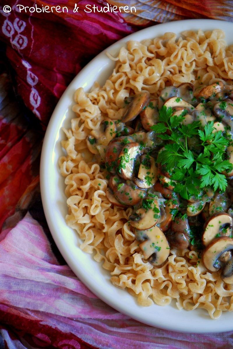Rezept Dinkel-Spätzle mit Champignon-Sauce
