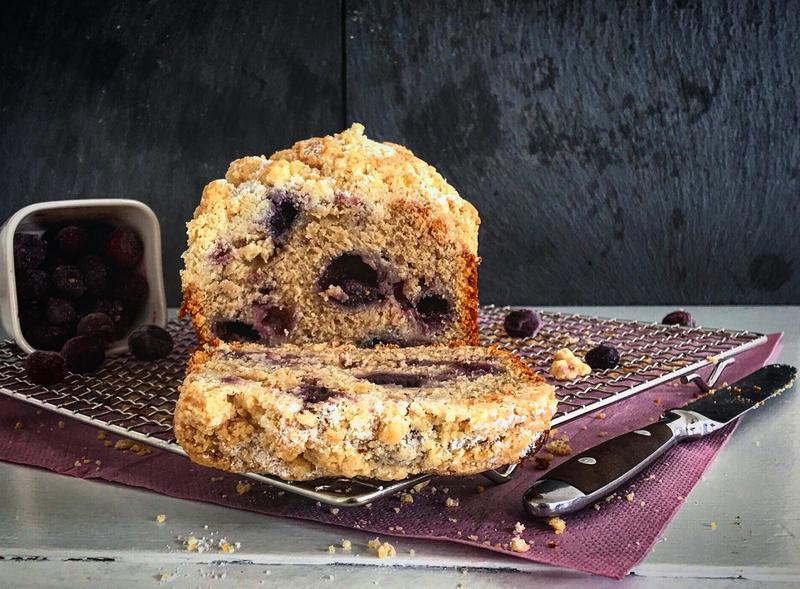 Rezept Ein als Blaubeer-Bananen-Brot getarnter Lieblingskuchen
