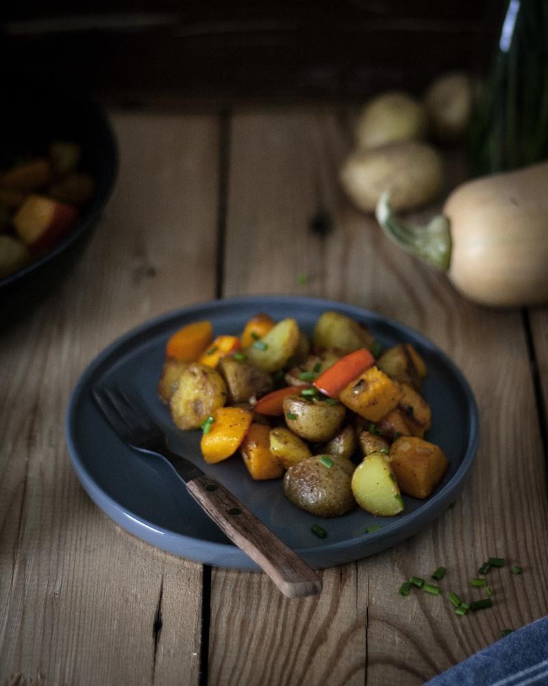 Rezept Einfache Bratkartoffel-Kürbis-Pfanne