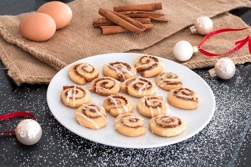 Rezept Einfache Zimtschnecken-Plätzchen mit Zuckerglasur