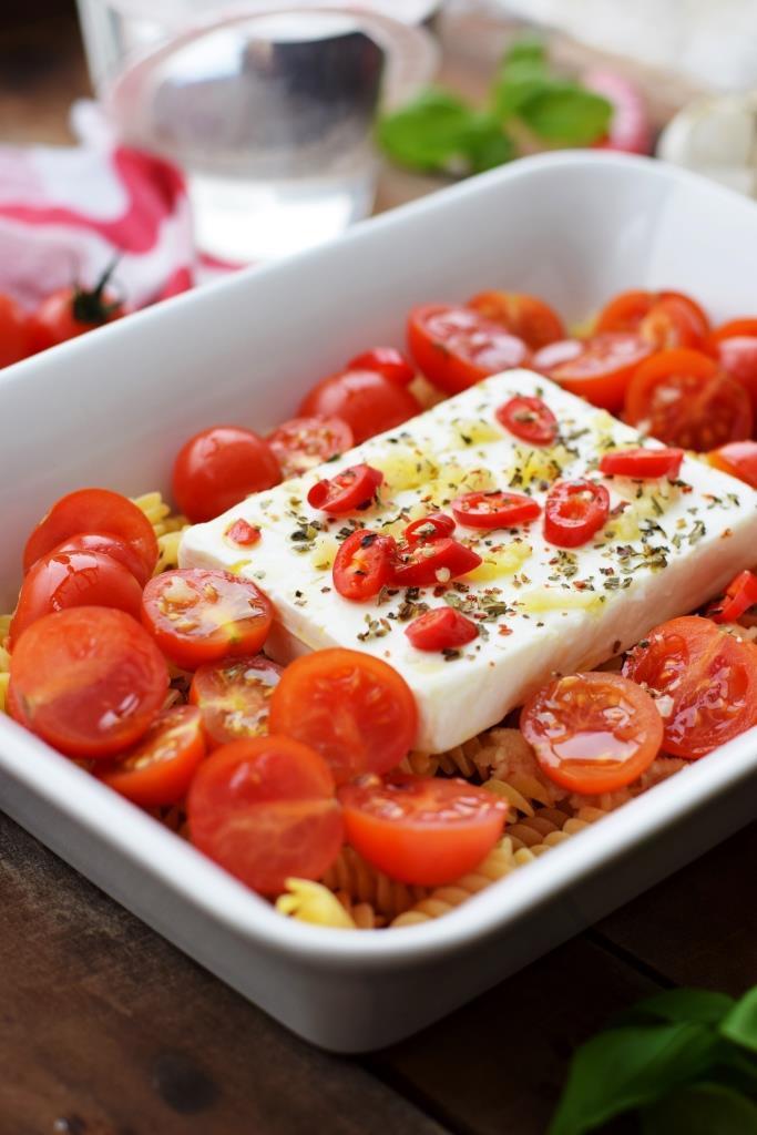 Rezept Einfacher geht's nicht: Baked Feta Pasta aus dem Ofen
