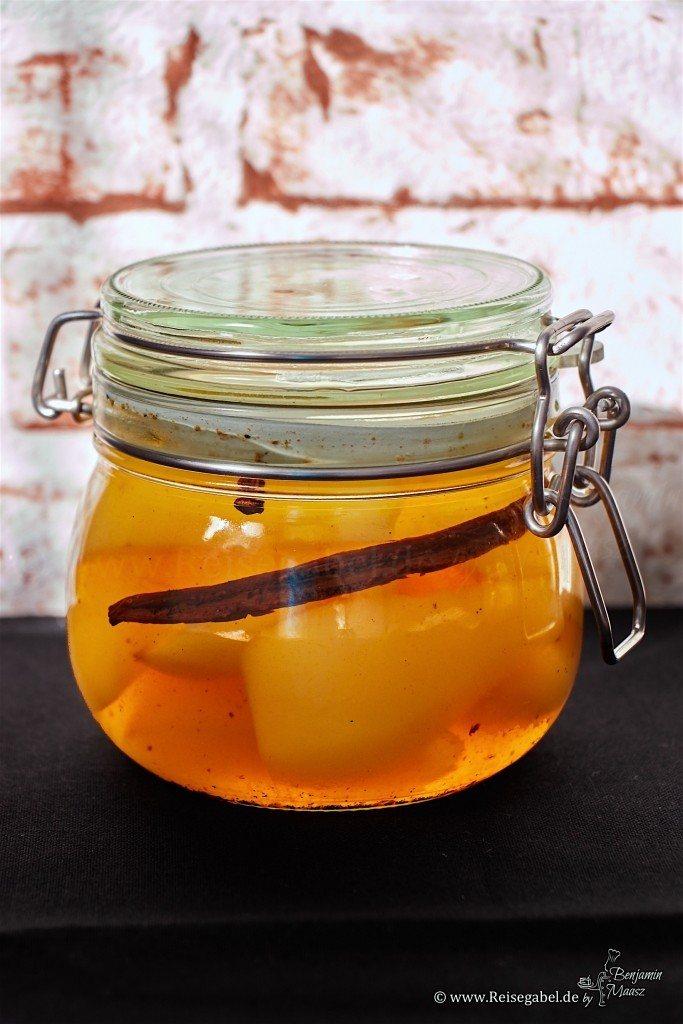 Rezept Eingekochte Birnen im gepfefferten Tonka-Vanille Sud